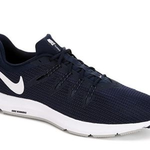 NEW - Nike Mens Quest - Navy